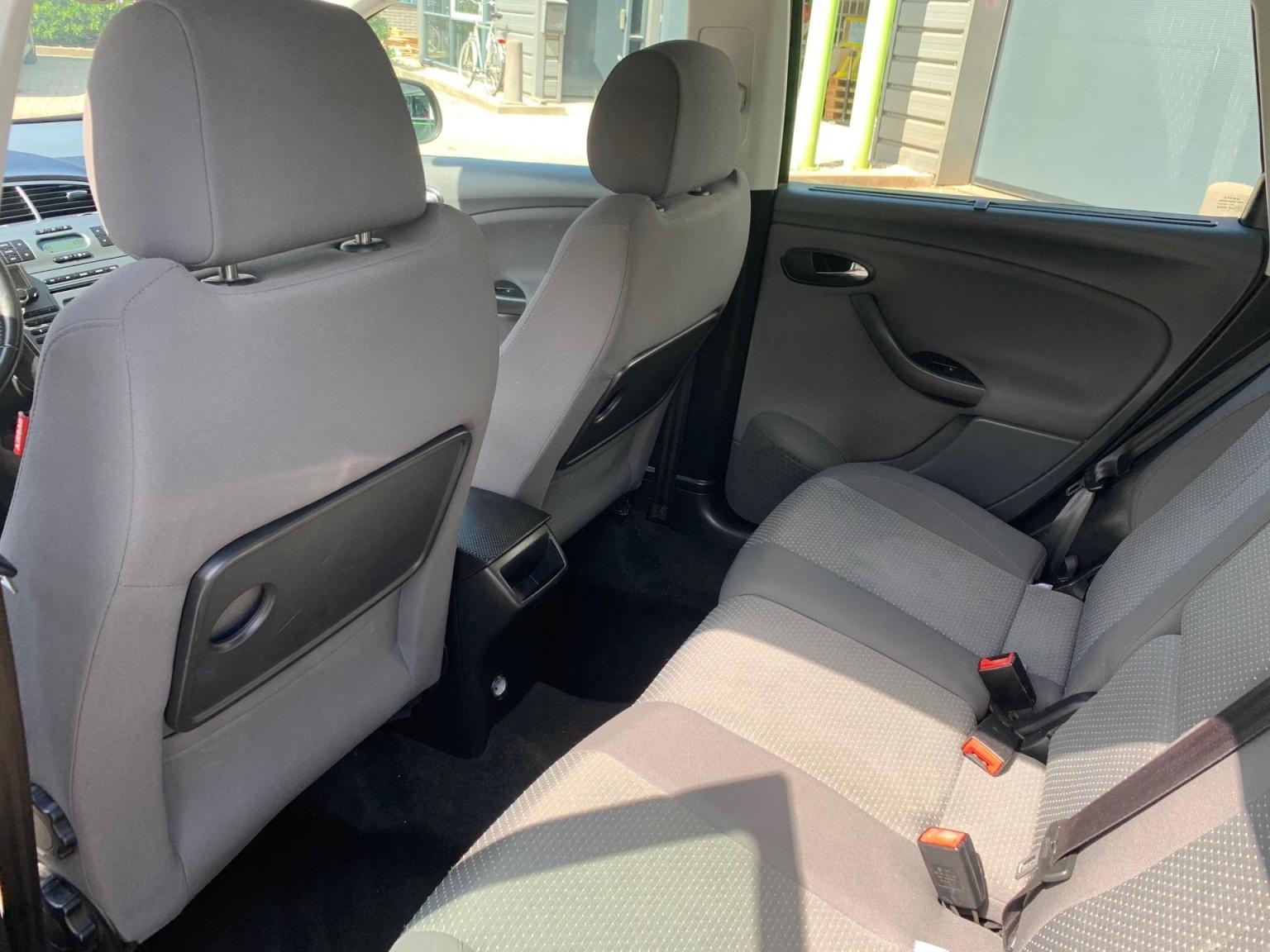 SEAT-Altea XL-8