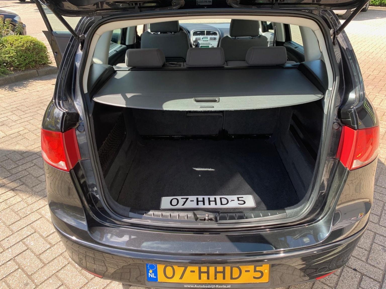 SEAT-Altea XL-9