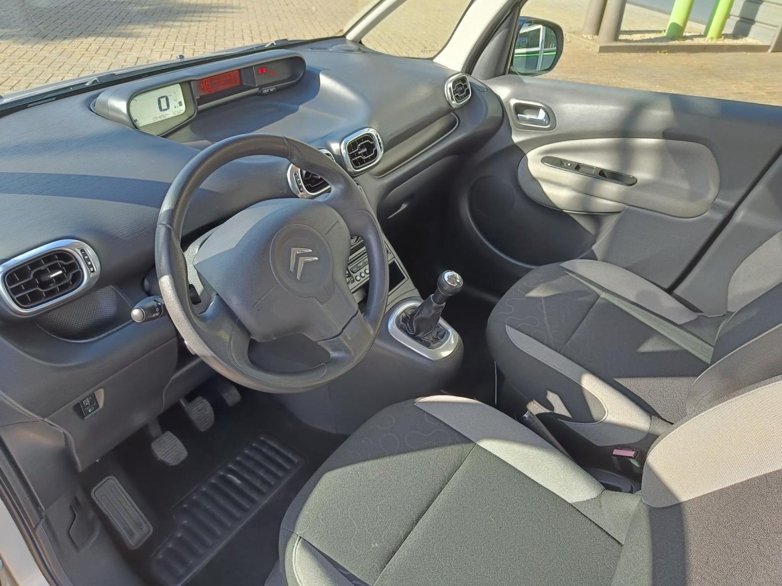 Citroën-C3 Picasso-8